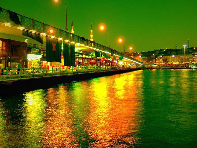 """Istanbul, city break-ul celor care vor să vadă """"capitala capitalelor"""""""