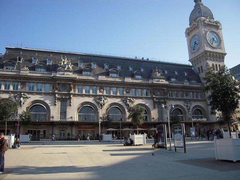 Centru de informare turistică Gare de Lyon [POI]