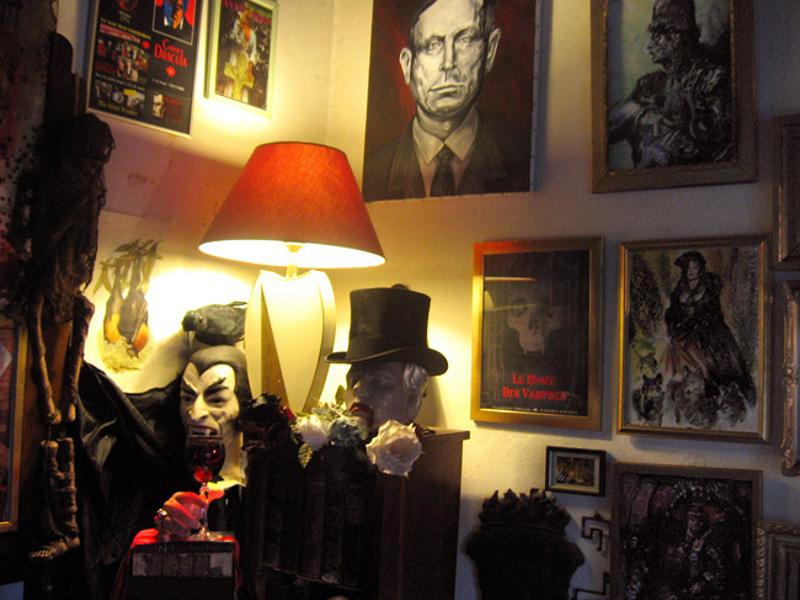 Muzeul Vampirilor [POI]