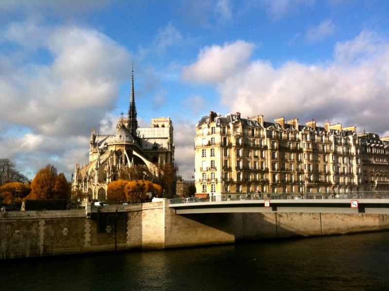 Dacă eşti copil sau eşti romantic trebuie să ajungi la Paris