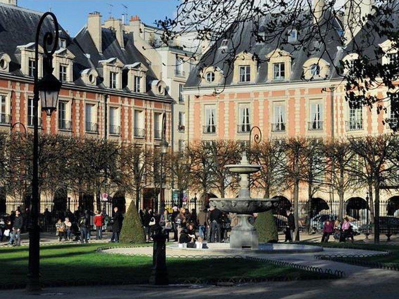 Piaţa Vosges [POI]