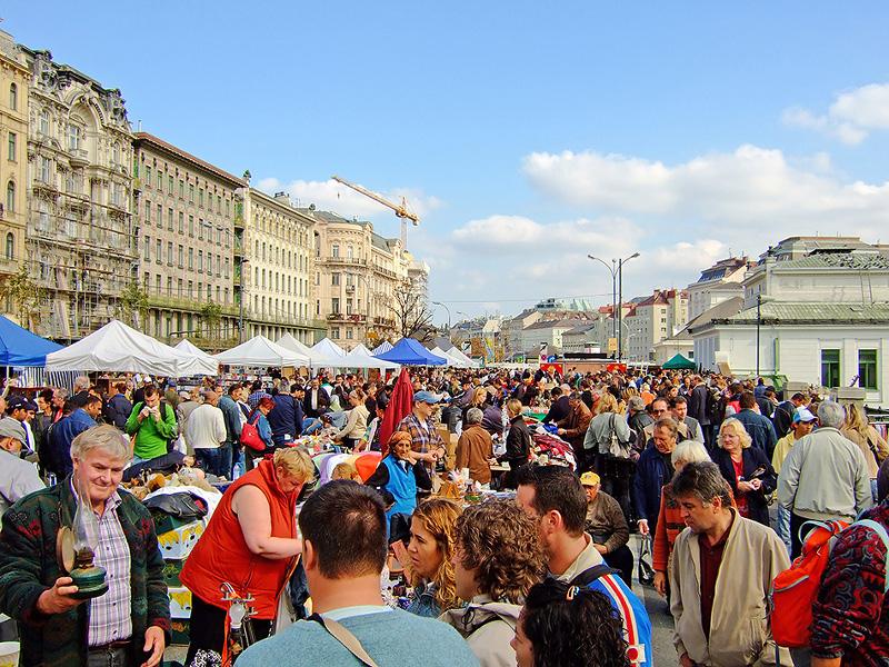 Piaţa Naschmarkt [POI]