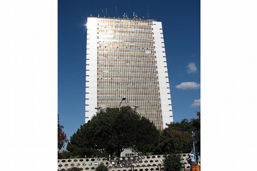 Universitatea de Medicină Semmelweis [POI]