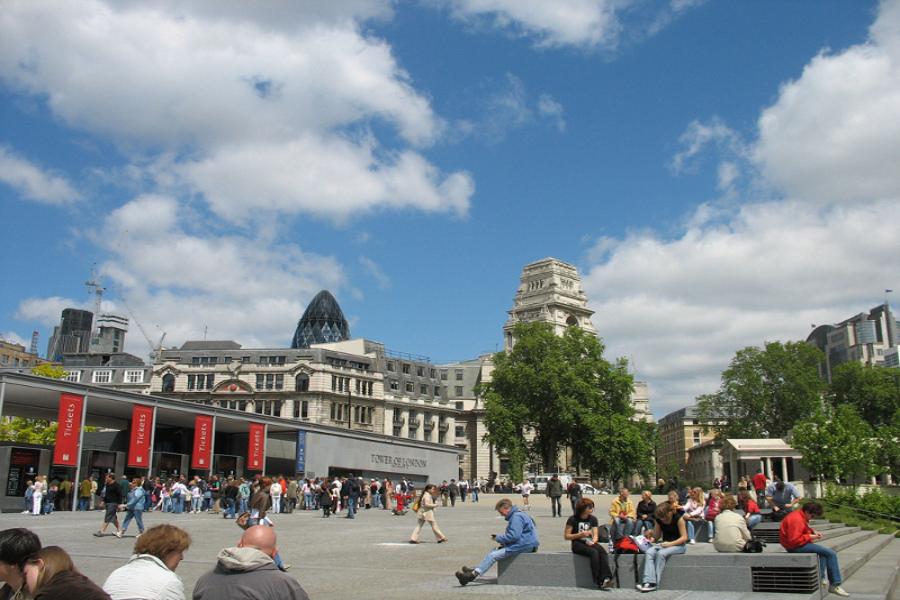 Marea Britanie va fi luată cu asalt de turişti în 2012