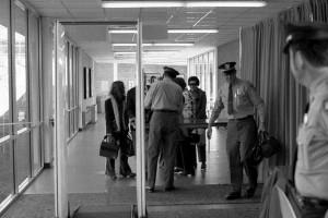 securitate la aeroport