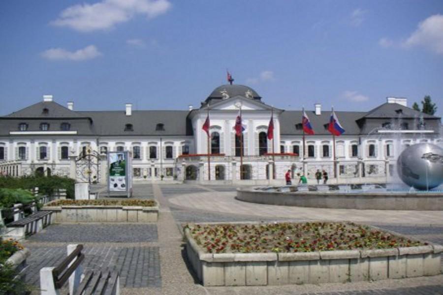 Palatul Grassalkovich (Grassalkovičov palác) [POI]