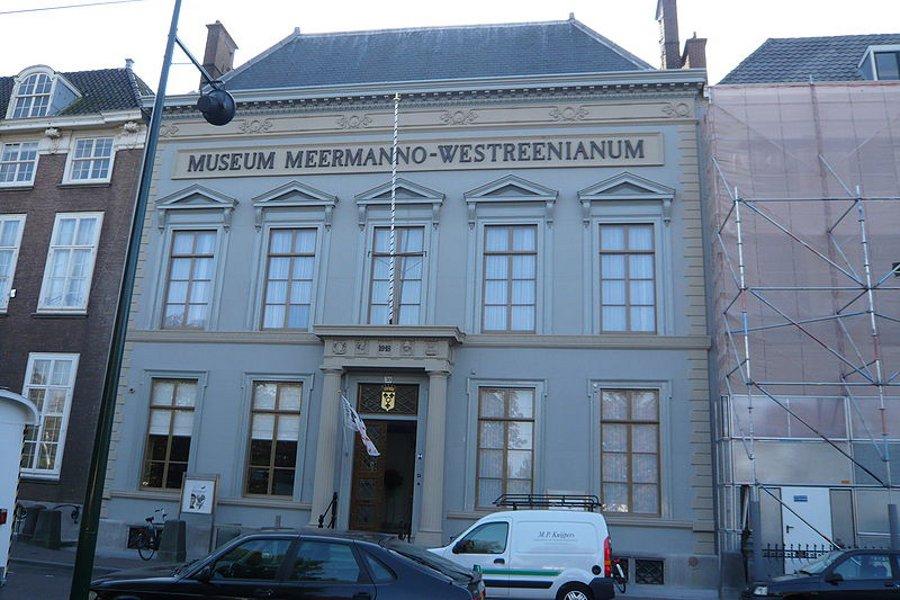 """Muzeul """"Meermanno"""" (Museum Meermanno) [POI]"""