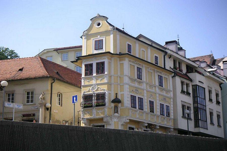 Muzeul Ceasului (Hodinky Museum) [POI]