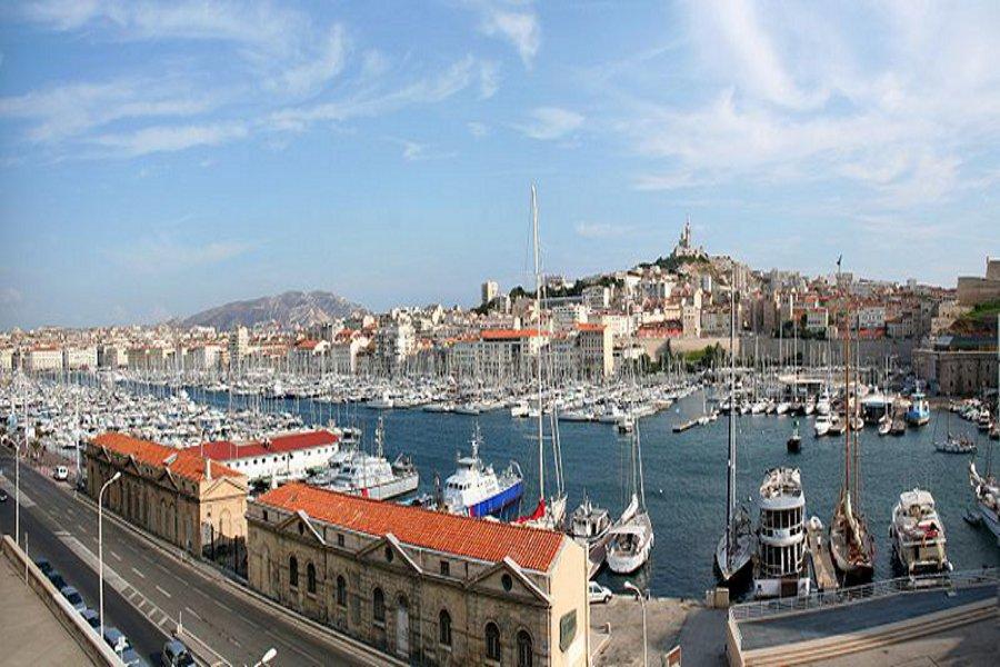 Portul vechi Marsilia (Vieux Port) [POI]