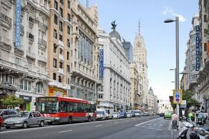 Strada Gran Via din Madrid