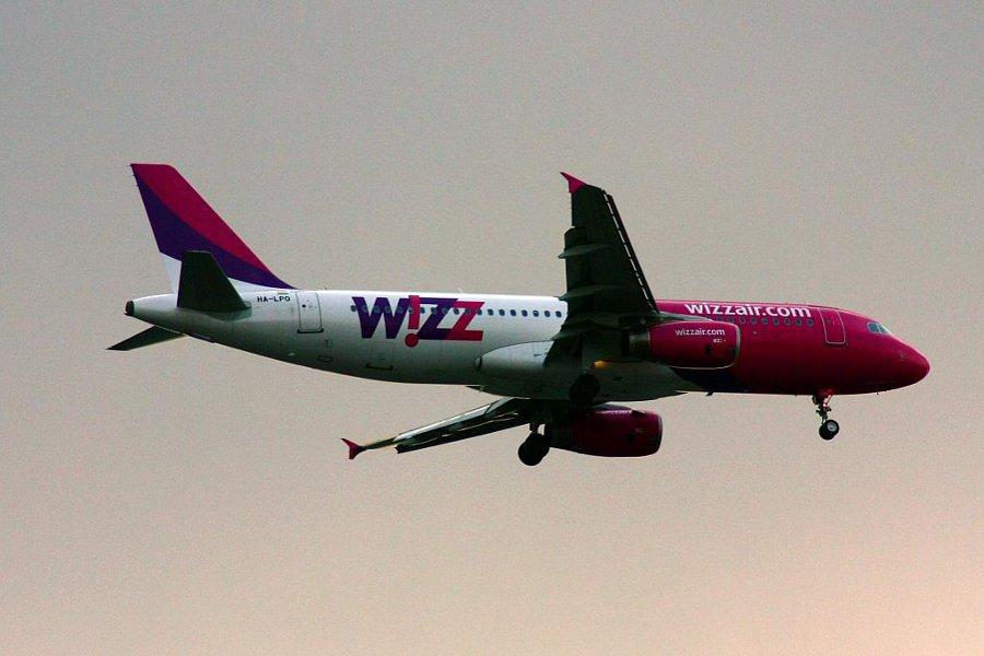 Wizz Air va tăia 10% din zborurile cu plecare din Bucureşti