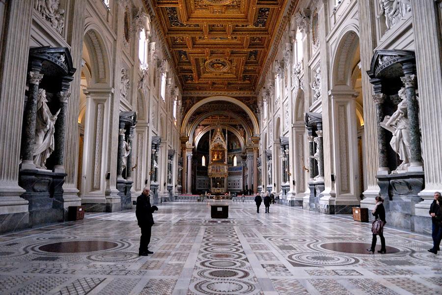 Biserica San Giovanni (Basilica San Giovanni in Laterano) [POI]