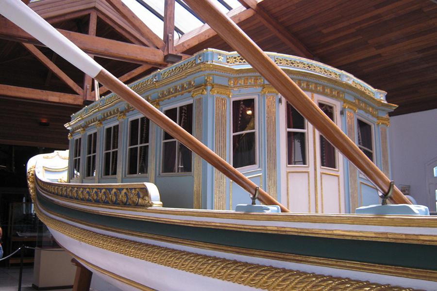 Muzeul Maritim (Museu da Marinha) [POI]