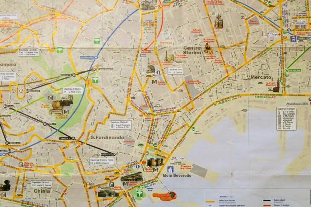 Harta turistica Napoli