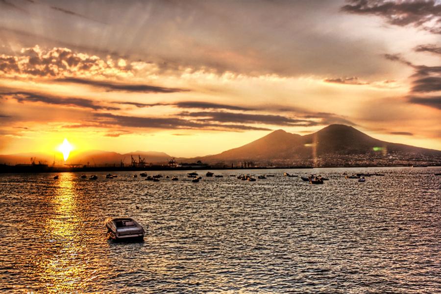 Atracţii turistice inedite la Napoli