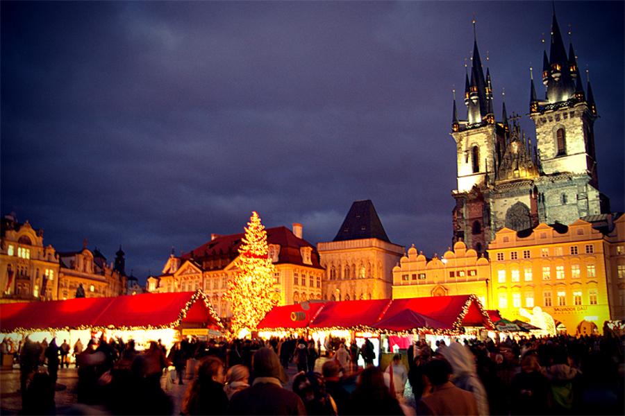 Petrecem Crăciunul cu cel mic în Praga
