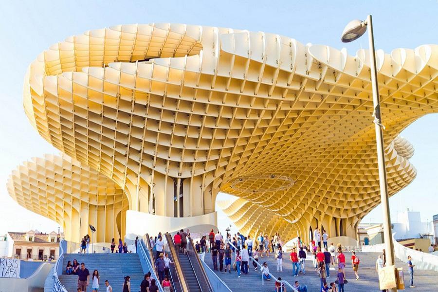 Cea mai mare structură din lemn a lumii