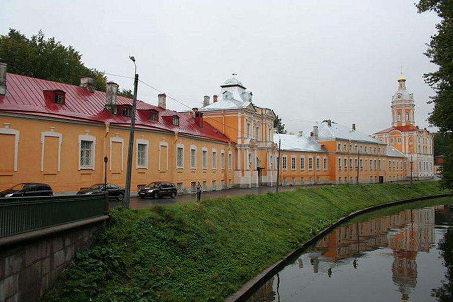 Mânăstirea Alexander Nevskiy [POI]