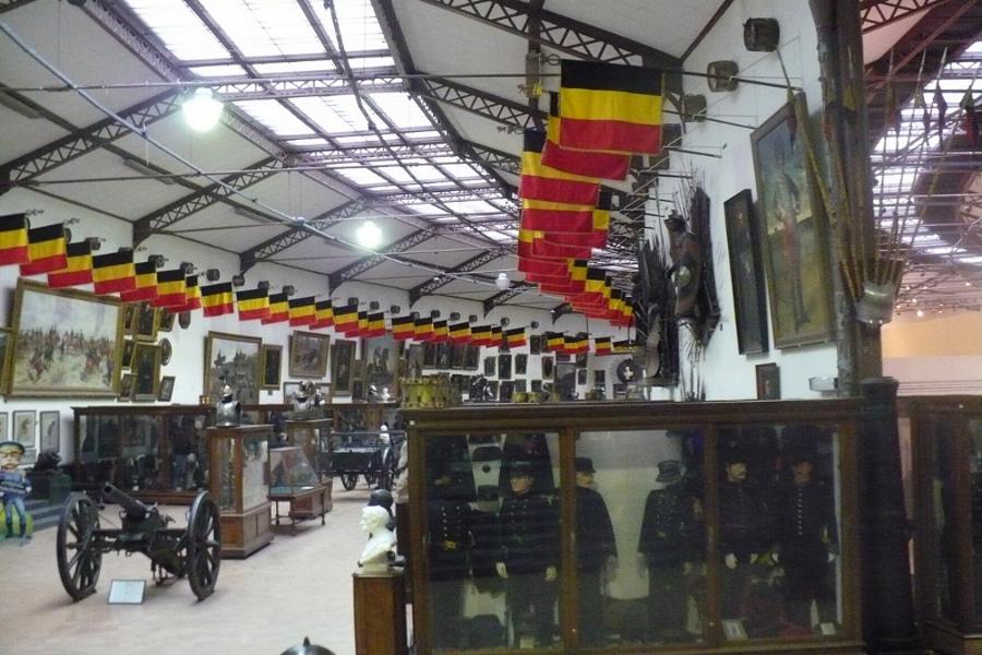 Muzeul Roial al Armatei şi Istoriei Militare (Legermuseum) [POI]