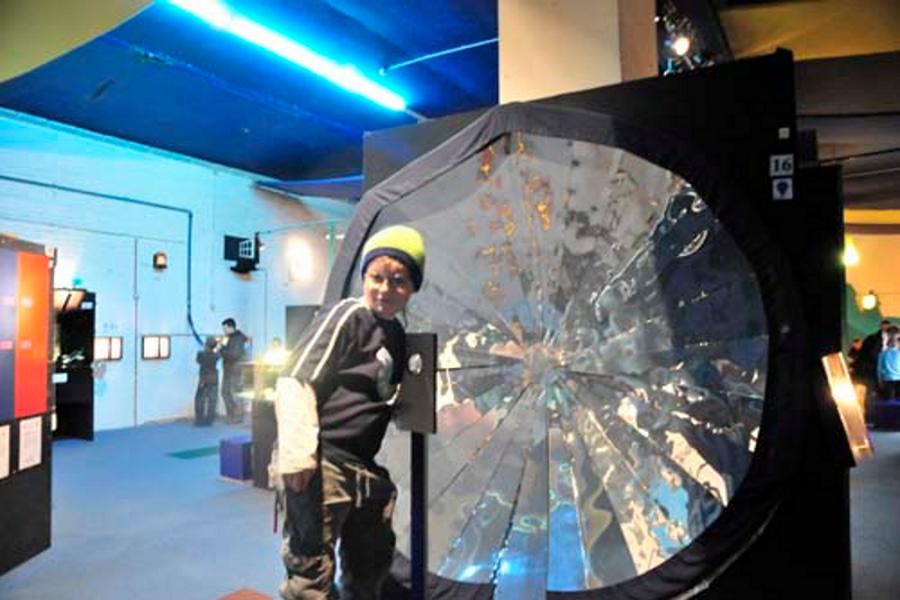 Muzeul de Ştiinţe Bruxelles (Le musée des sciences et des 5 sens de Bruxelles) [POI]
