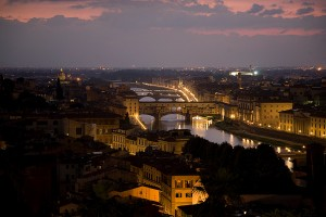 Apus peste Florenta