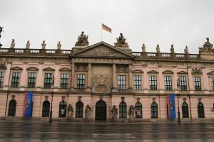 Fatada Muzeului de Istorie din Berlin