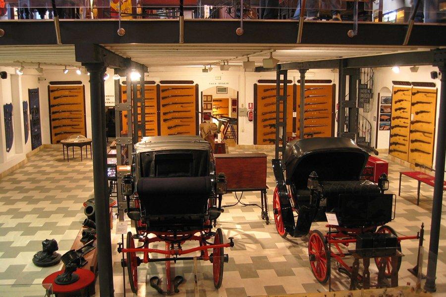 Muzeul Militar Regional (Museo Militar Regional) [POI]