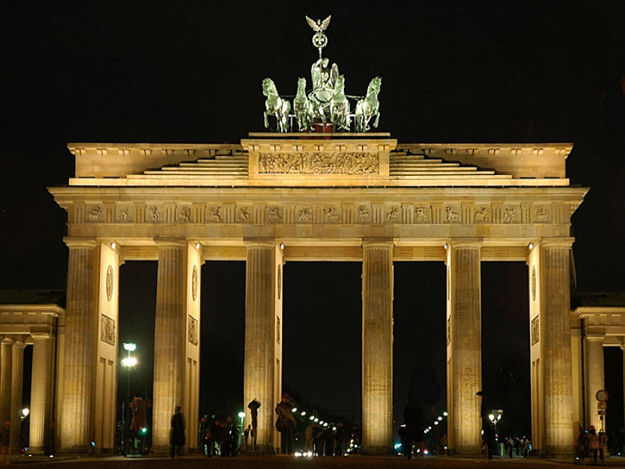Porţile Brandenburg (Brandenburger Tor) [POI]