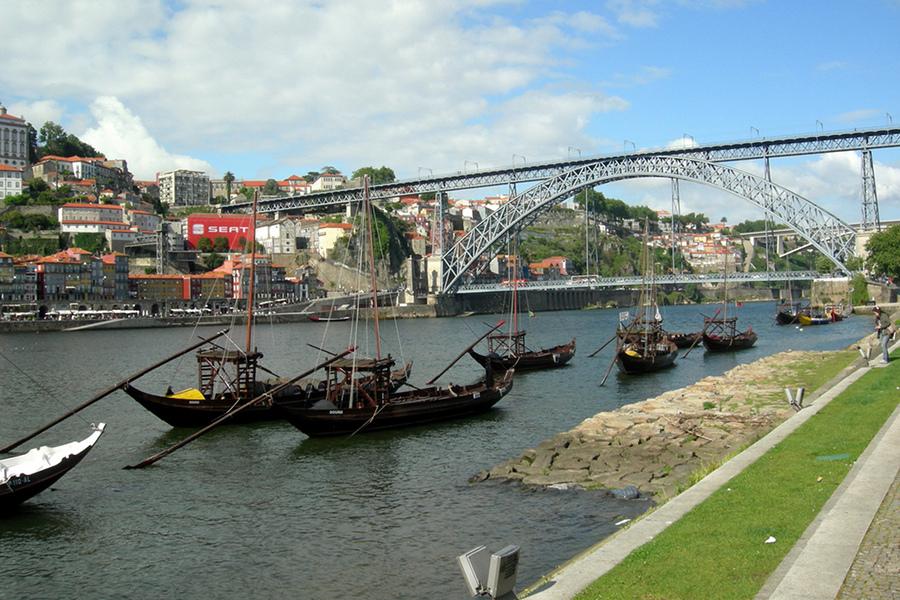City break la Porto, oraşul celor care iubesc apa