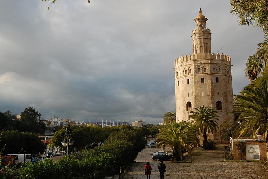 Turnul de Aur (Torre del Oro) [POI]