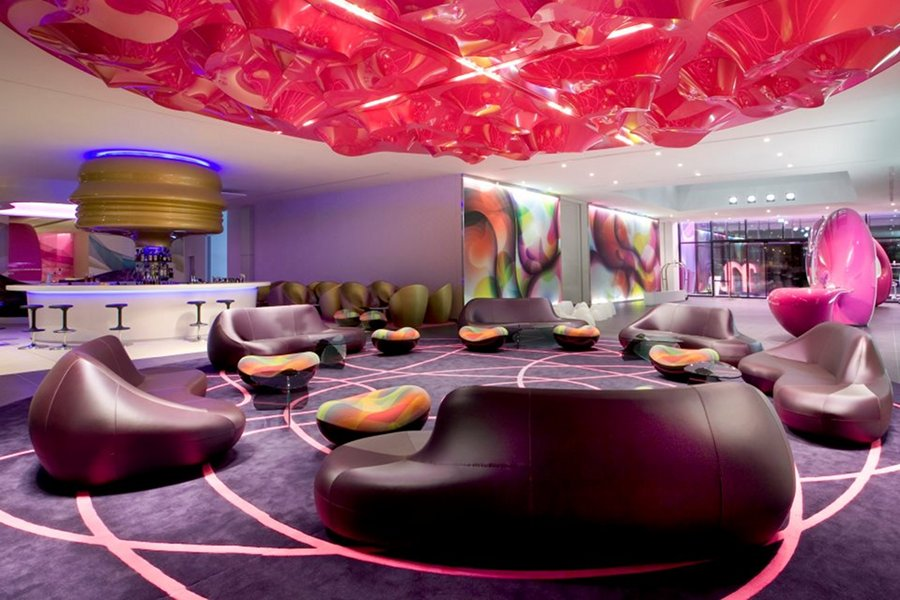 NHow – hotel destinat muzicii [POI]