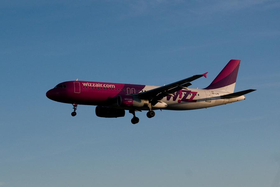 Wizz Air adaugă curse noi pe relaţia Arad – Milano – Bergamo