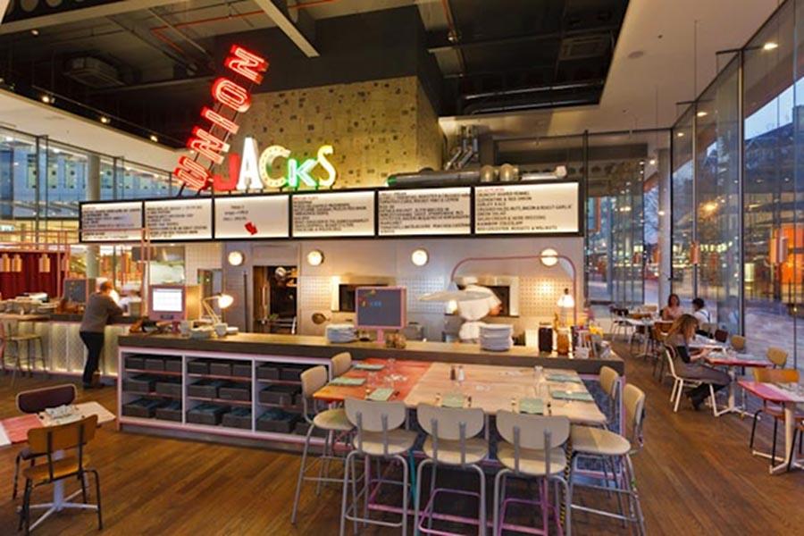 Union Jacks, noul restaurant al lui Jamie Oliver [POI]