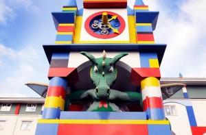 Intrarea in Legoland Hotel