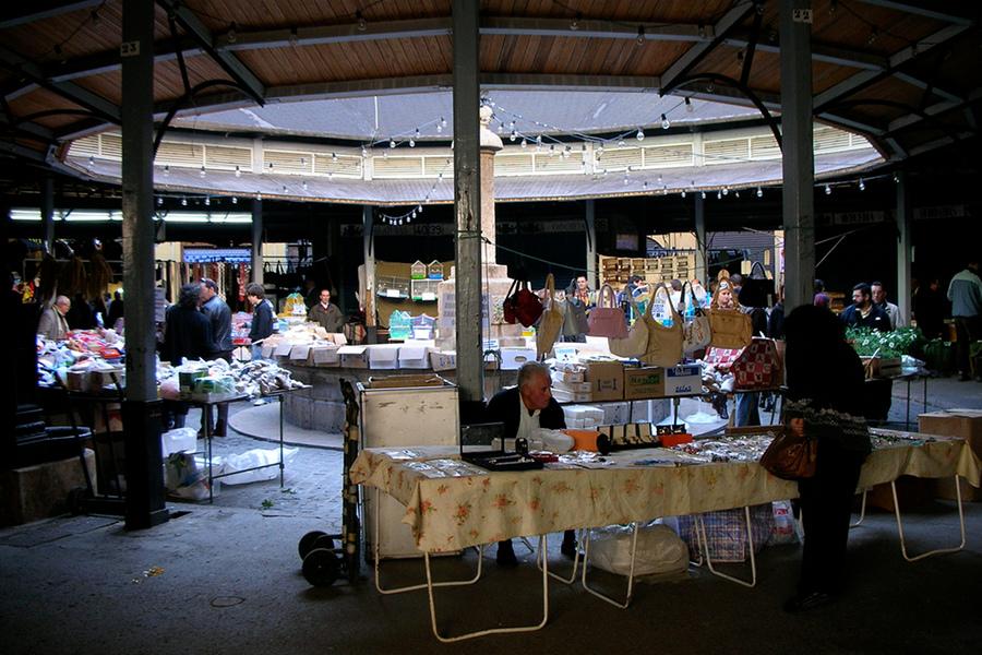 Piaţa Redonda (Plaza Redonda) [POI]