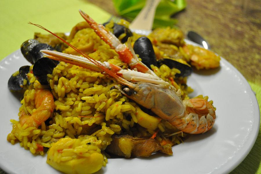 Despre paella şi alte bucate tradiţionale din Valencia