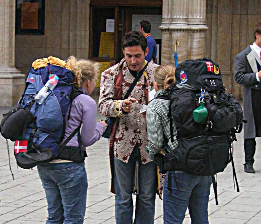 Vacanţele la lucru, tot mai mulţi turişti aleg această opţiune de concediu