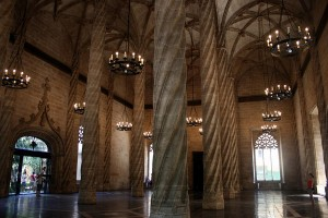 Interiorul fostei burse din Zaragoza