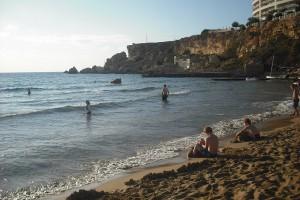 Plaja Golden Bay