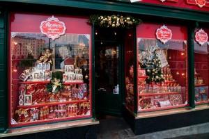 Un magazinaş de suveniruri de prin Salzburg