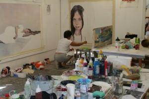 Unul dintre artistii care participa la