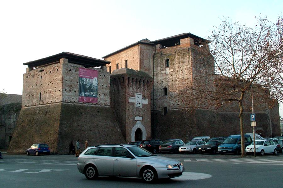 Castelul Sismondo (Castel Sismondo) [POI]