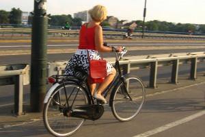 Cu bicicleta pe strazile Cracoviei