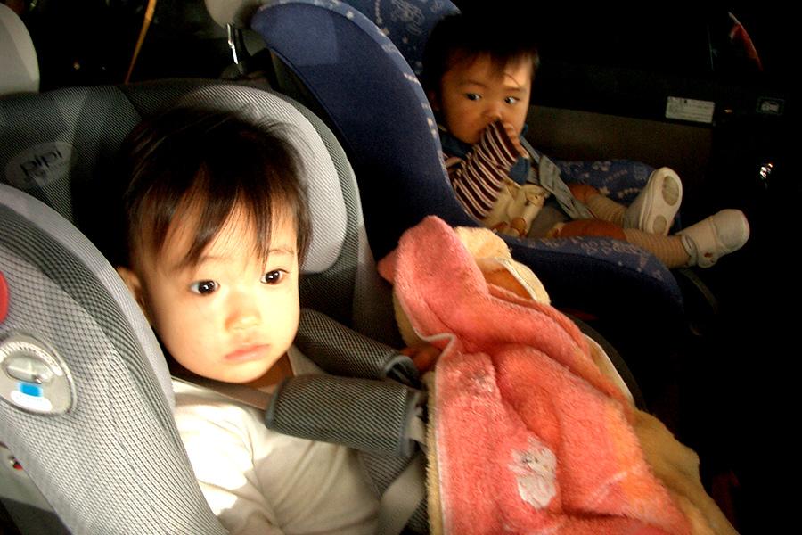 Cu cei mici în maşină. Destinaţie: vacanţa de Ziua Copilului