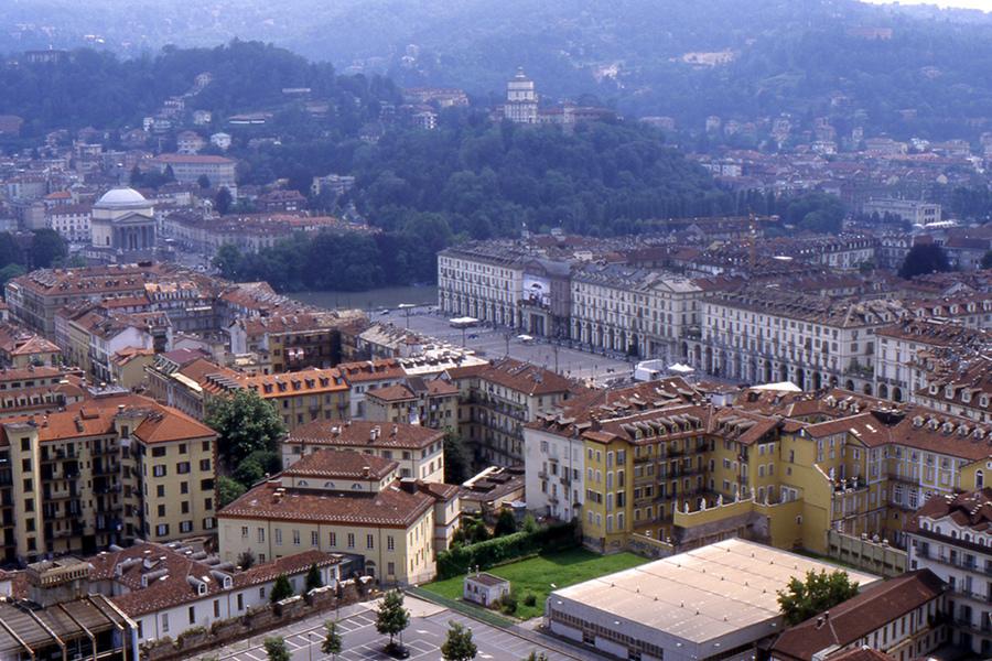 Toate informaţiile de care ai nevoie în Torino [video]