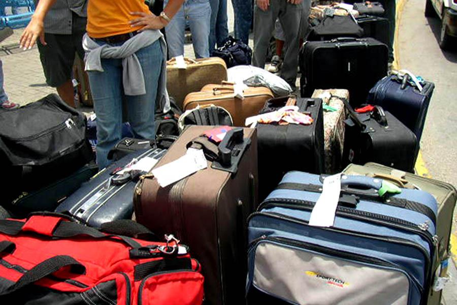 Taxă pentru bagajele mari de la Wizz Air