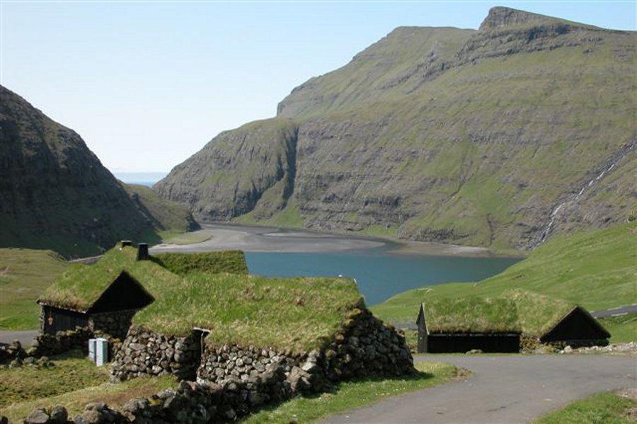 Ferma Dúvugarðar (Dúvugarðar) [POI]
