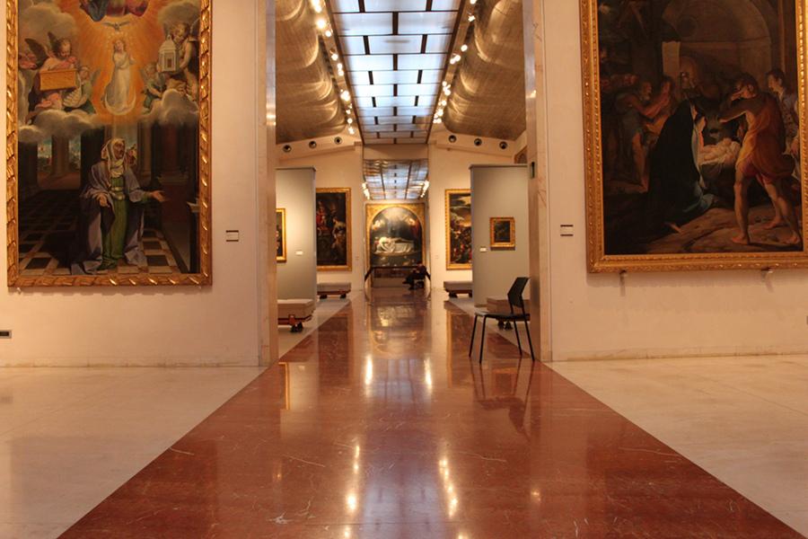 Pinacoteca Naţională (Pinacoteca Nazionale) [POI]