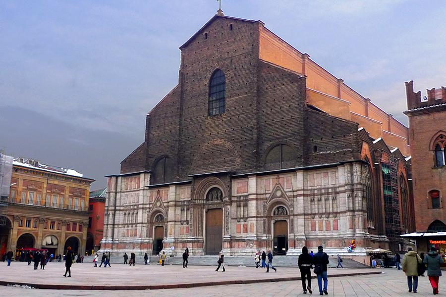 Biserica San Petronio (San Petronio) [POI]