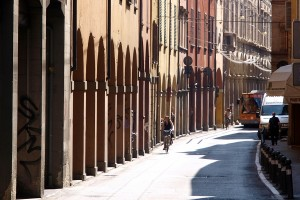 City break cultural la Bologna, Oraul Rou